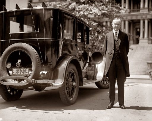 August 14th, 1924. President Calvin Coolidge and his radio-equipped Buick automobile in Washington. (Shorpy)